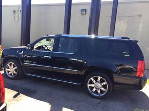 Cadillac Escalade ESV - AWD 4dr SUV