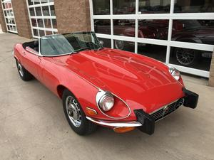 Jaguar E-TYPE ROADSTER -