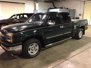Chevrolet Silverado  Z71 - 4dr Extended Cab Z71 4WD