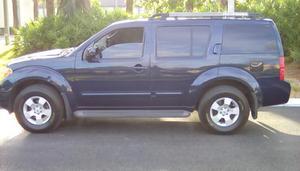 Nissan Pathfinder LE - LE 4dr SUV