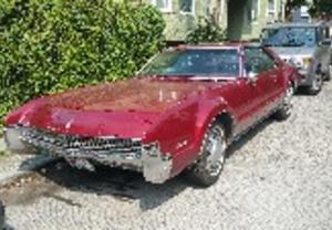 Oldsmobile Toronado -