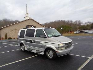 Chevrolet Astro LT Standard Passenger Van 3-Door