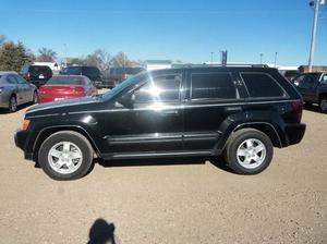 Jeep Grand Cherokee Laredo - Laredo 4dr SUV 4WD