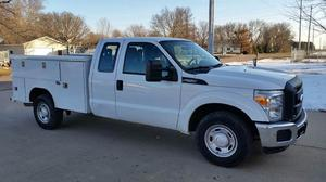 Ford F-250 Super Duty XL - 4x2 XL 4dr SuperCab 8 ft. LB