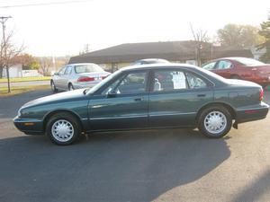 Oldsmobile Eighty-Eight - 4dr Sedan