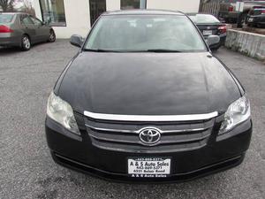 Toyota Avalon Limited - Limited 4dr Sedan