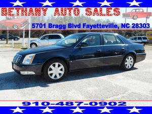 Cadillac DTS Luxury I - Luxury I 4dr Sedan