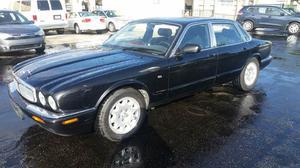 Jaguar XJ-Series XJ8 - XJ8 4dr Sedan