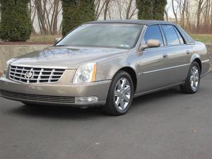 Cadillac DTS Luxury II - Luxury II 4dr Sedan