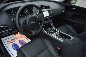 Jaguar XE 25t Prestige - 25t Prestige 4dr Sedan