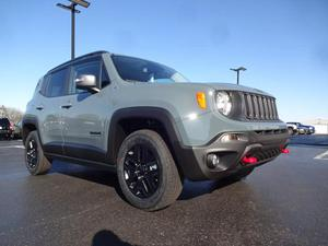 Jeep Renegade - LEATHER