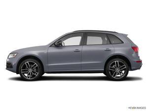 Audi Q5 3.0T quattro Premium Plus - AWD 3.0T quattro