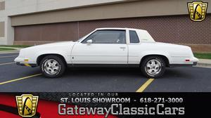 Oldsmobile Cutlass Supreme Brougham - Brougham 2dr