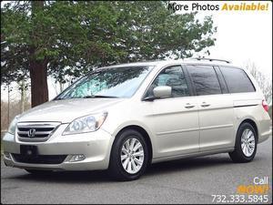 Honda Odyssey Touring - Touring 4dr Mini-Van