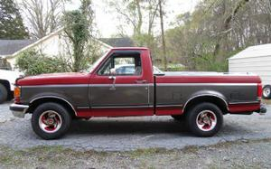 Ford FWD 1/2T SWB Pickup