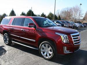 Cadillac Escalade ESV Luxury - 4x4 Luxury 4dr SUV