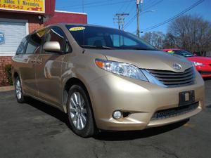 Toyota Sienna XLE 7-Passenger in New Haven, CT