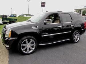 Cadillac Escalade Luxury - AWD Luxury 4dr SUV