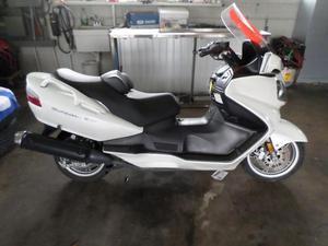 Suzuki BURGMAN 65 -