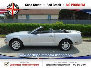 Ford Mustang V6 Deluxe - V6 Deluxe 2dr Convertible