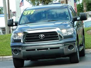 Toyota Tundra SR5 - SR5 4dr Double Cab SB (5.7L V8)