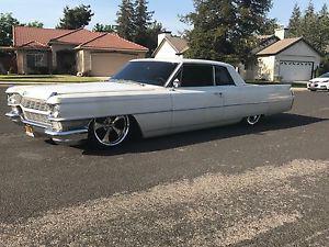 Cadillac DeVille bagged, patina, all original, hot rod,