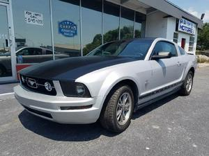 Ford Mustang V6 Deluxe - V6 Deluxe 2dr Coupe
