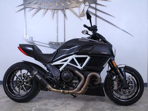 Ducati Diavel Carbon in Chattanooga, TN