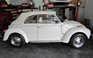 Volkswagen Beetle-Classic Convertible