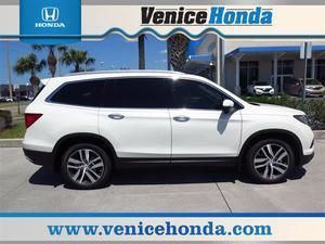 Honda Pilot Touring - Touring 4dr SUV