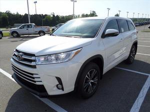 Toyota Highlander LE Plus in Clinton, TN
