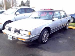 Oldsmobile Eighty-Eight Royale Brougham - Brougham 4dr