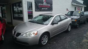 Pontiac G6 - 4dr Sedan