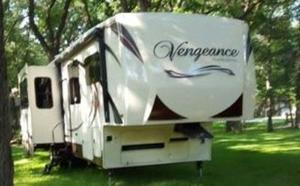 Forest River Vengeance Touring 39R12