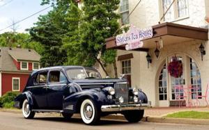 Cadillac Town Sedan