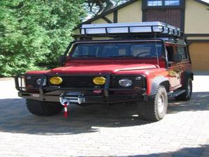 Land Rover Defender - 4.0L CC V8