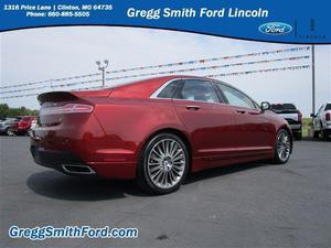 Lincoln MKZ - V6 4dr Sedan