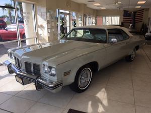 Oldsmobile Delta Eighty-Eight Royale - Royale