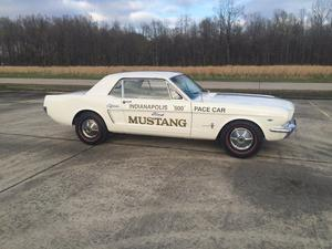 Ford Mustang Indianapolis 500 Pace  Ford Mustang