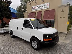 Chevrolet Express  in Daphne, AL