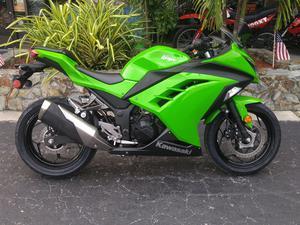 Kawasaki Ninja EX300 (ABS) in Largo, FL