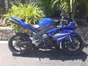 Yamaha YZF-R1 in Largo, FL