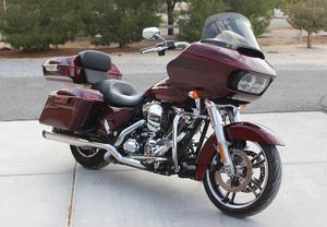 Harley Davidson Fltrx Road Glide