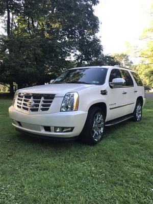 Cadillac Escalade Hybrid For Sale In Southampton |