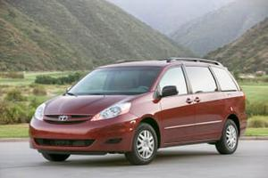 Toyota Sienna LE For Sale In Davenport | Cars.com