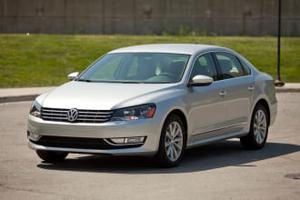 Volkswagen Passat SE W/SUNROOF & For Sale In Fairfax  