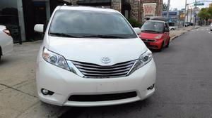Toyota Sienna 5dr 7-Pass Van XLE Premi in Bayside, NY