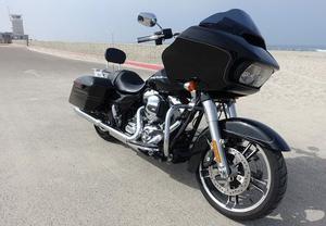Harley Davidson Fltrxs Road Glide Special