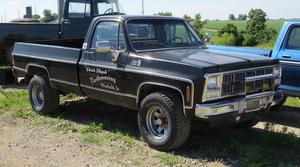 GMC Sierra Classic 3/4 Ton 4X4 Pickup