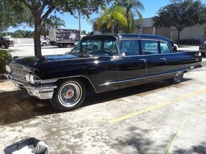 Cadillac Fleetwood Factory Limo Fleetwood Limo Black
